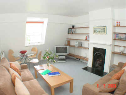 Two bedroom self catering apartment in Highbury